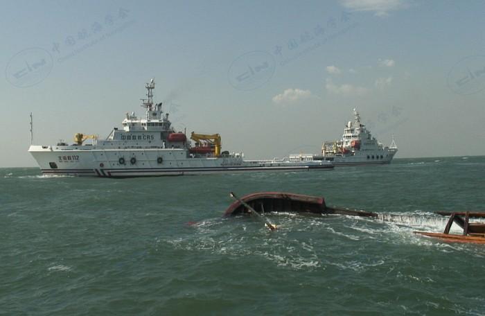 2015年10月09日北海救112轮救助冀乐渔