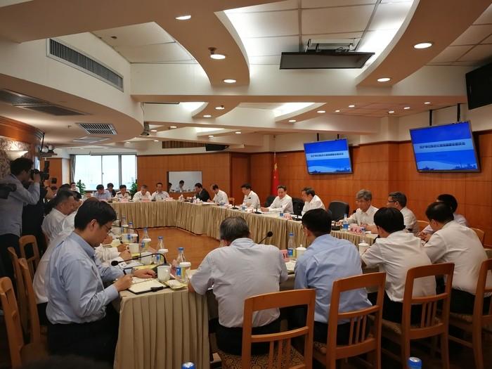 黄有方理事长参加了在沪单位推进交通强国建设座谈会